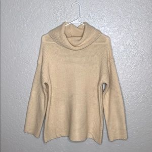BNWOT Lulu's Sweater Knit Turtle Neck Top